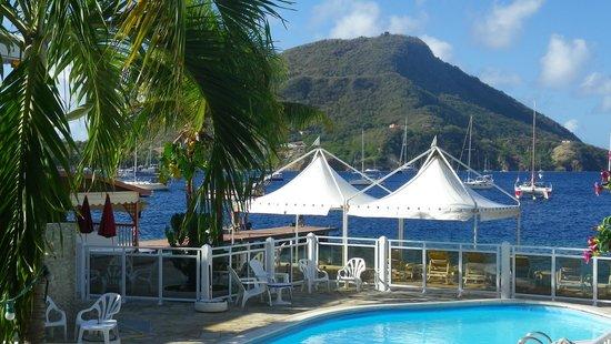 Hotel Kanaoa Les Saintes:                   piscine vue sur mer