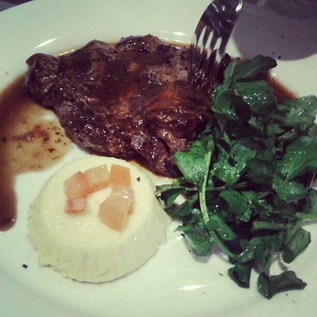 Sassorosso:                   Steak