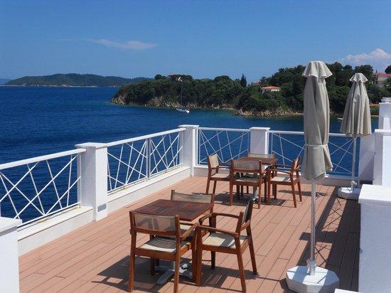 Cape Kanapitsa Hotel & Suites:                   Breakfast area
