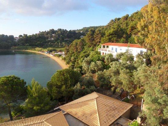 Cape Kanapitsa Hotel & Suites :                   Kanapitsa Beach