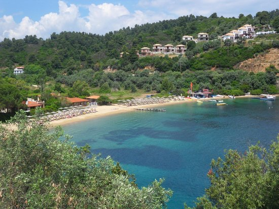 Cape Kanapitsa Hotel & Suites:                   Tzaneria Beach