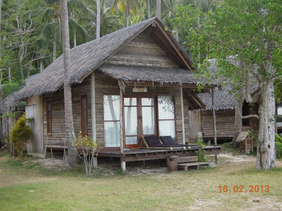 CoCo Cottage Koh Ngai:                   rustic bungalows