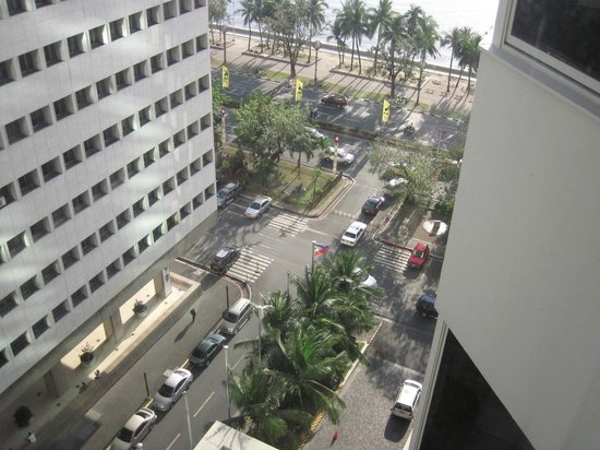 Diamond Hotel Philippines:                                     Outside view