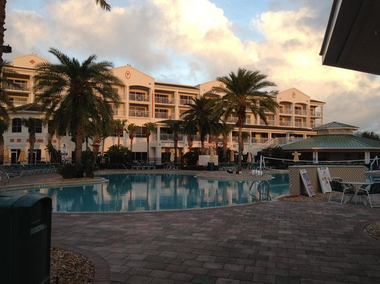 Holiday Inn Club Vacations Cape Canaveral Beach Resort:                   Pool in the early morning