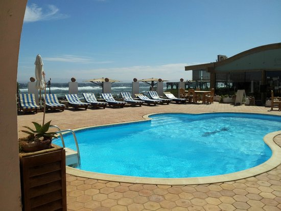 Blue Beach Club:                                     Swimmingpool area, well protected from wind and next to the
