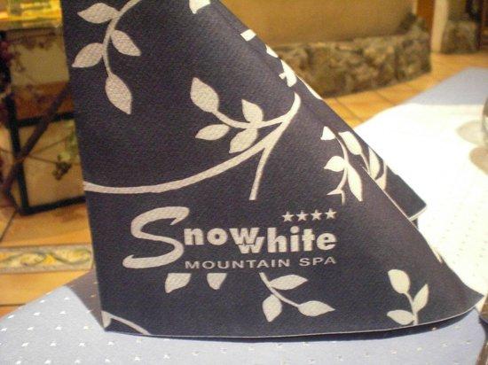 Snow White:                   Serviette