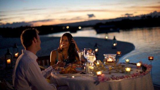 Constance Le Prince Maurice: Romantic Dinner Beach Set Up