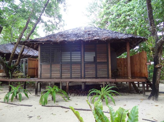 Barrier Beach House:                   Our bungalow (Fare 1)