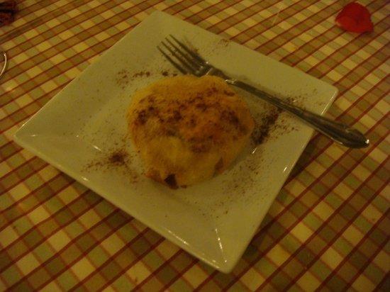 Riad Zayane:                   apple and grape pastry dessert
