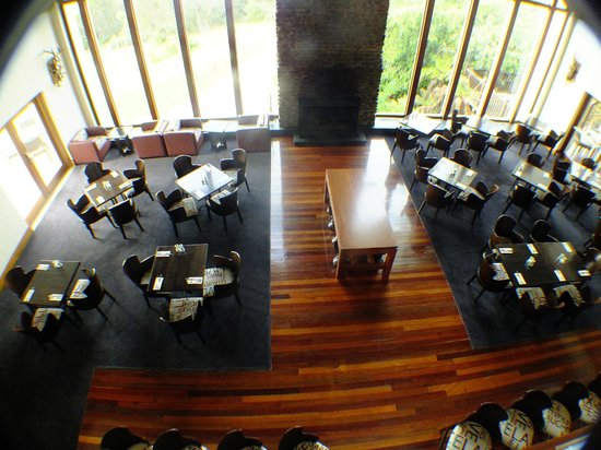 Fairmont Resort Blue Mountains - MGallery Collection:                   Embers Bar