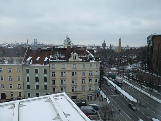 Holiday Inn Munich - City Centre: Blick vom Zimmer