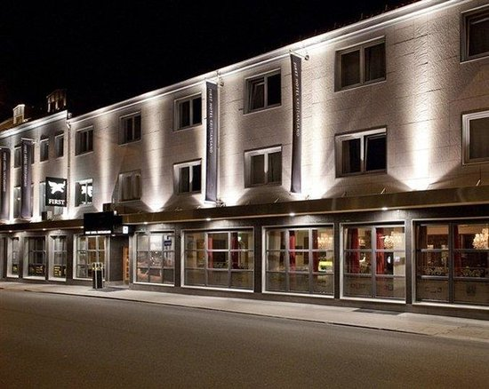 First Hotel Kristiansand: Front