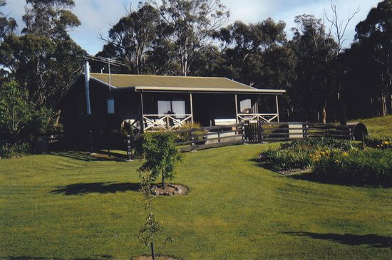 Duffy's Country Accommodation: Ranger's Cottage
