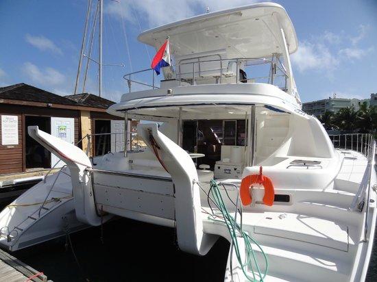 Oyster Pond:                   bateau