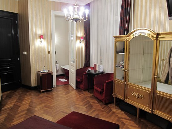 Gerloczy Rooms de Lux :                   Room