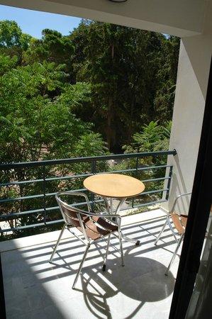 Avra City Hotel :                   balcone