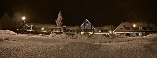 Hotel SPA Dr Irena Eris Wzgorza Dylewskie:                                     hotel ouside, winter