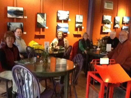 Willows Bistro:                   A cozy place to dine, cht with friends and view art and photography exhibits