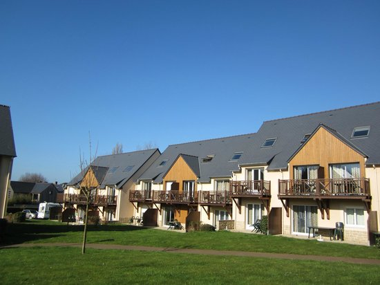 Lagrange Confort+ Residence les Roches Douvres :                   exterieur