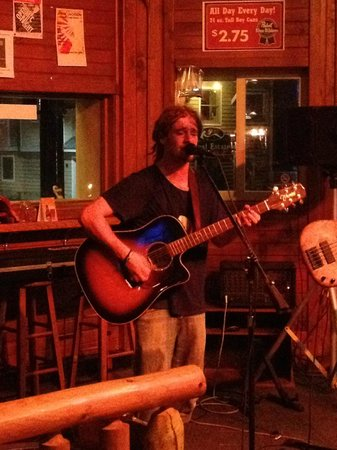 Black River Tavern: Sean McDaniel live