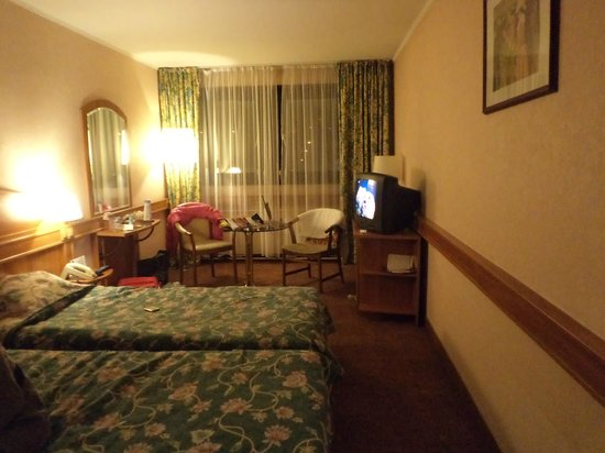 Mercure Budapest Buda: room