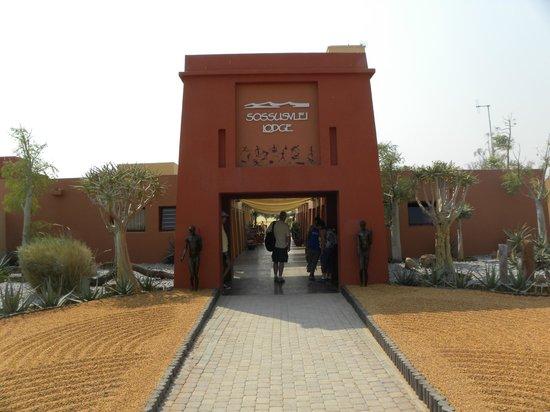 Sossusvlei Lodge: Entrée du lodge