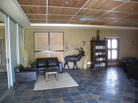 Sossusvlei Lodge: Un salon