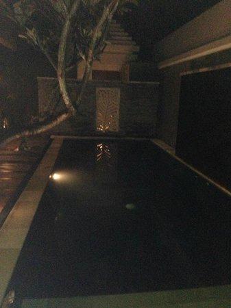 The Wolas Villas & Spa:                   Ночью тоже красиво