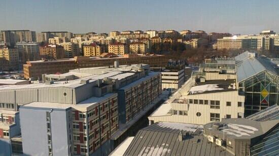 Scandic Ariadne:                                     utsikt från rum på 11 våning
