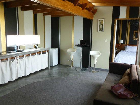 MSA Lima Design Hotel:                   La cocina de la habitación principal