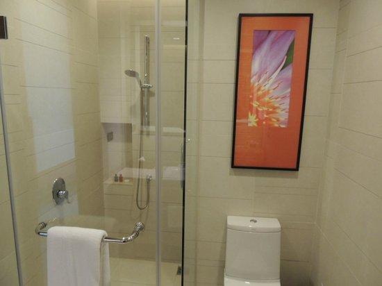 Eastin Grand Hotel Sathorn:                   bagno.doccia in vetro