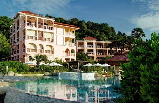 Centara Grand Beach Resort Phuket:                                     Our block