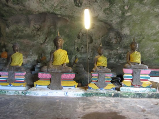 Wat Suwan Kuha (Cave Temple):                   One row of statues