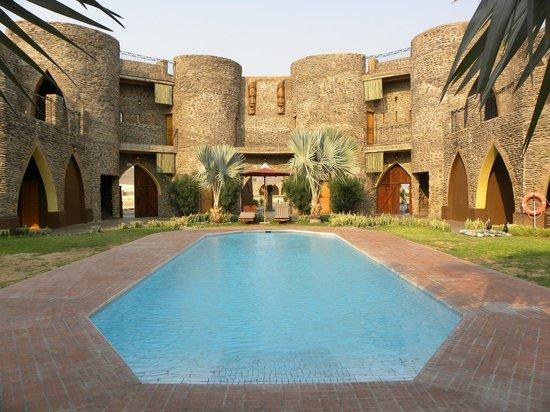Le Mirage Resort & Spa: Chambres & piscine