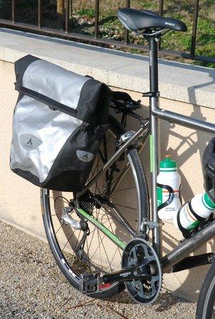 Luberon Biking  Tours :                                     Very good Vaude Rear Panniers