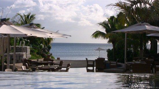 Angsana Balaclava Mauritius:                   vue piscinne