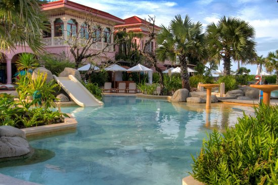 Centara Grand Beach Resort Phuket:                                     Baby pool