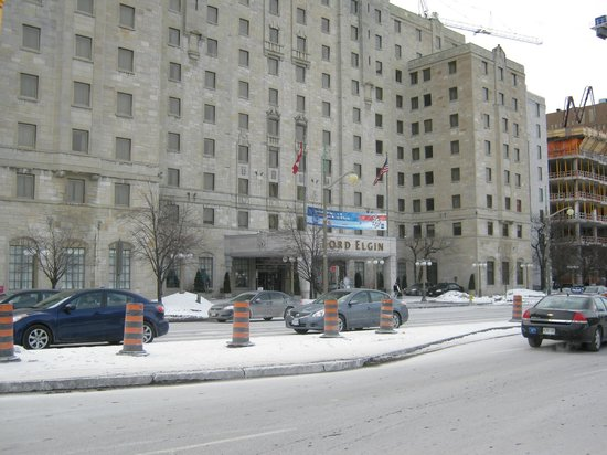 Lord Elgin:                   Front of Hotel