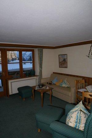 Berghotel Schlossanger Alp: Living room