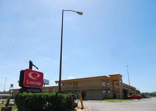 Photo of Econo Lodge Conroe
