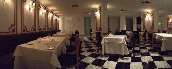 NM Lima Hotel:                   muy lindo restaurante