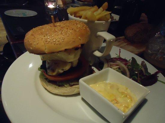 Kennedys Bar & Restaurant:                   Halloumi Burger