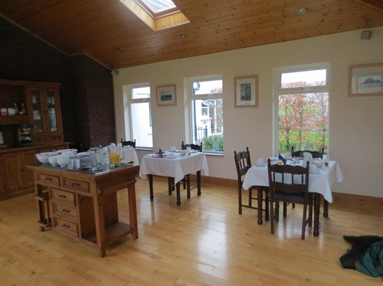 Elyod House:                   Breakfast room
