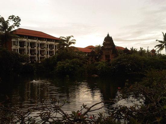 Ayodya Resort Bali:                   the laguna
