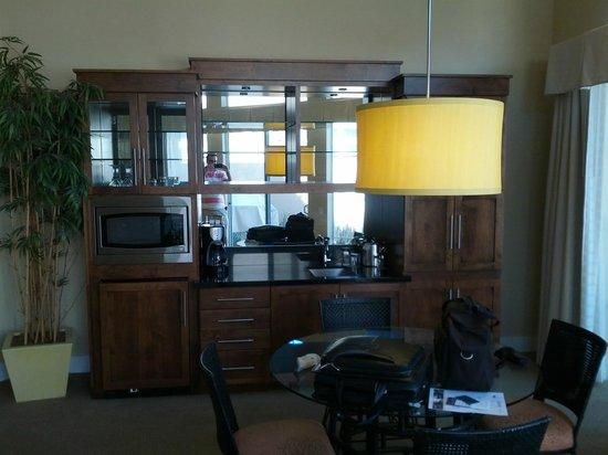 Hyatt Regency Indian Wells Resort & Spa: Dining area of the villa