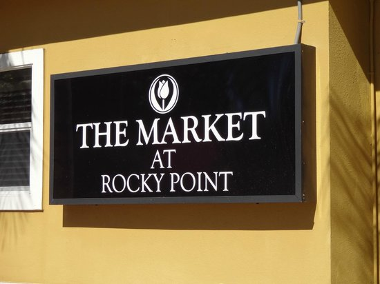 Holiday Inn Express Tampa - Rocky Point Island:                   The Market at Chase Suites