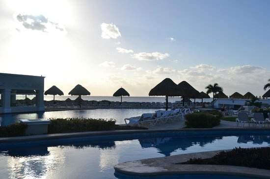 Moon Palace Cancun:                   pool and beach