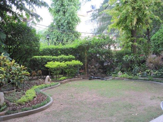 Yatri House:                   Front garden                 