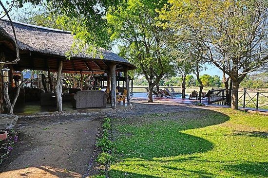 Umkumbe Safari Lodge:                   Umkumbe