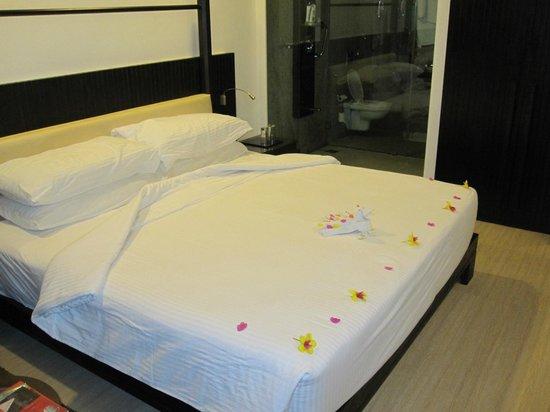 The Gateway Hotel Janardhanapuram Varkala :                   Cleaned bed